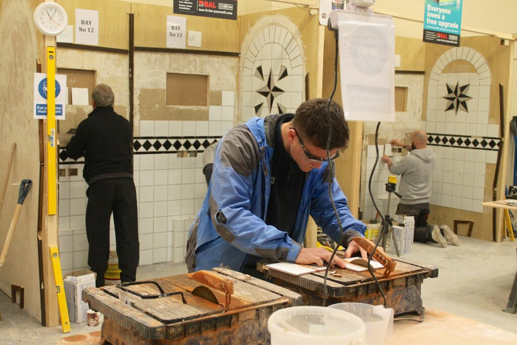 Wall and floor tiling courses
