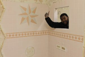 Tiling training courses