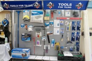 Tiling tools for a beginner and expert